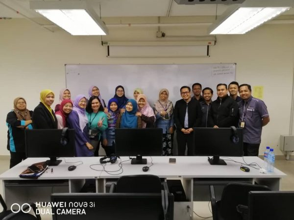 Google Suites training at University of Malaya Centre for Continuing Education Oktober 2019 Muizz Salleh