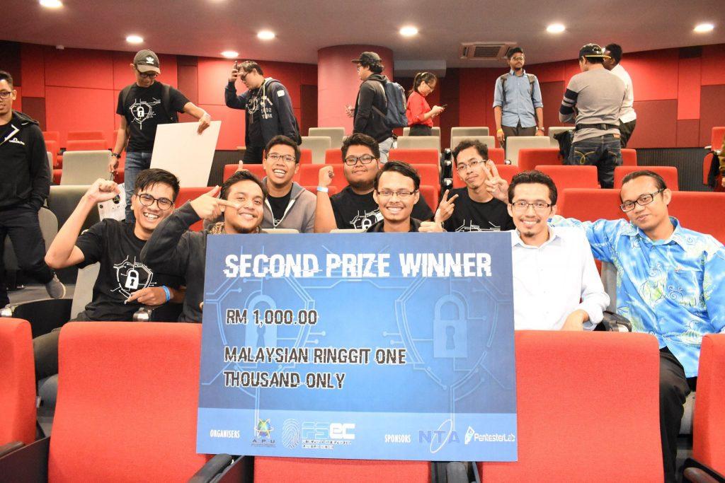 Kejayaan di APU Battle of Hackers pelajar Degree Rangkaian Komputer FSTM