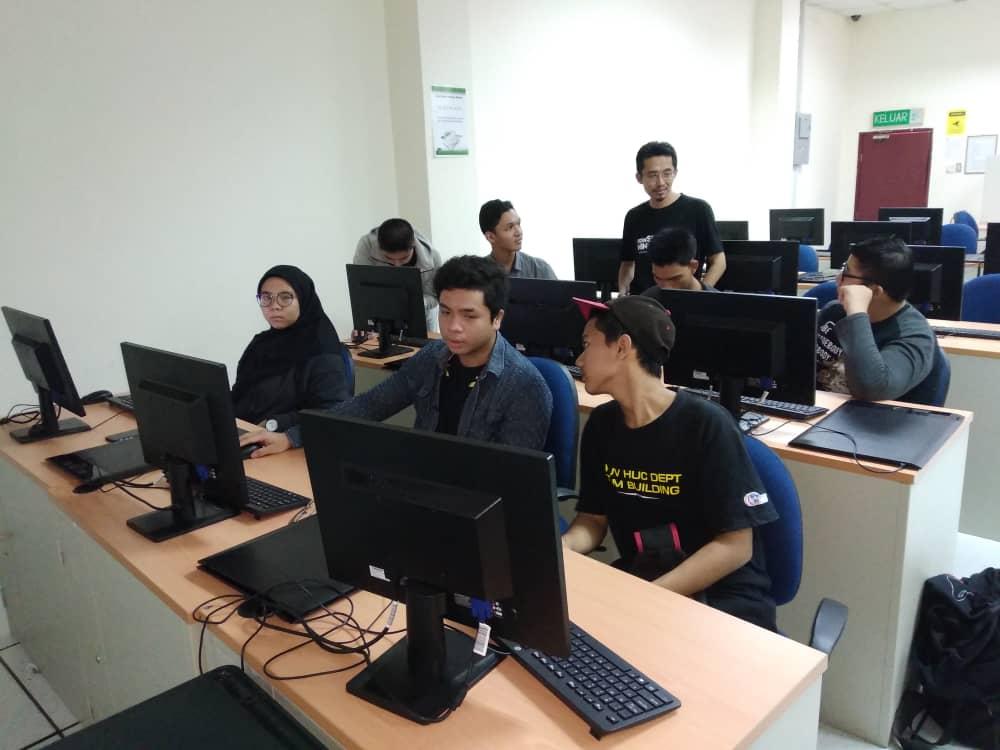 Kursus web HTML kerjasama FSTM BTM KUIS - peserta dari SMK Bandar Seri Putra & SMK Bangi Seksyen 3