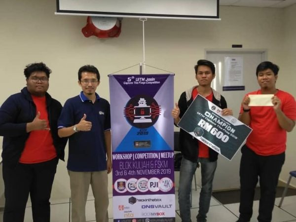 UITM CTF & Forensic Challenge 2019 Champion Cloud9 members and mentor